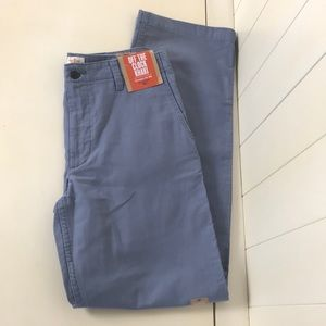 Dockers D2 Straight Fit Khaki Chino  30 x 32 New